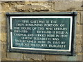 Photo of Richard II, Elizabeth I of England, and William Cecil black plaque