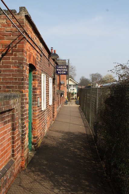Exit from Chappel and Wakes Colne station