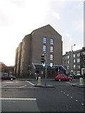 NT2774 : Sheltered housing, Abbeyhill by Richard Webb