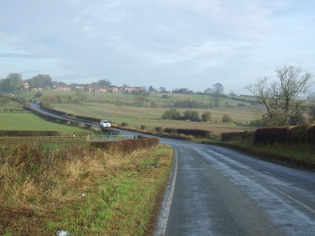 Bishopton Lane heading north