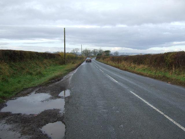 Minor road towards Brafferton