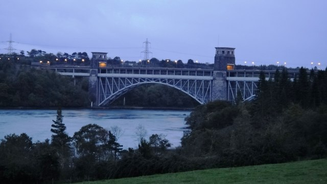 Pont Britannia, Anglesey