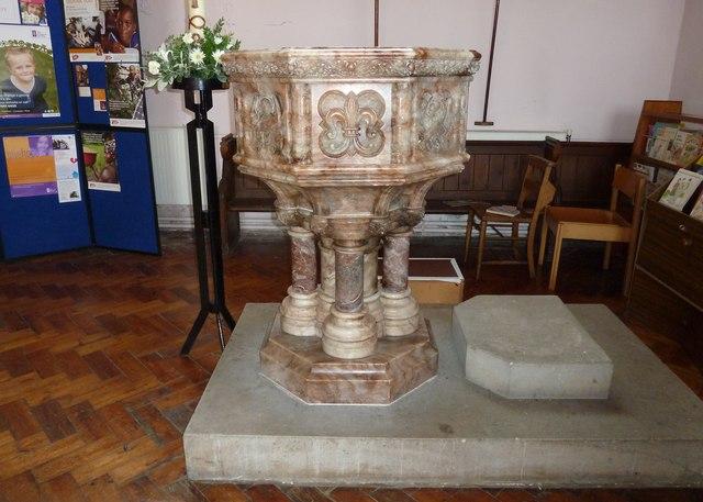 Inside Holy Trinity, Weymouth (j)
