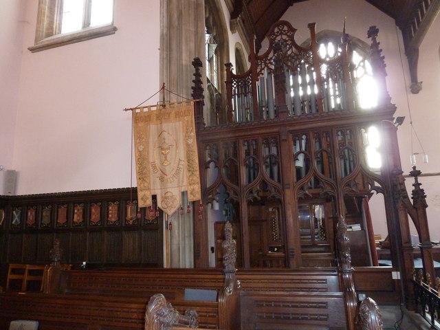 Inside Holy Trinity, Weymouth (o)