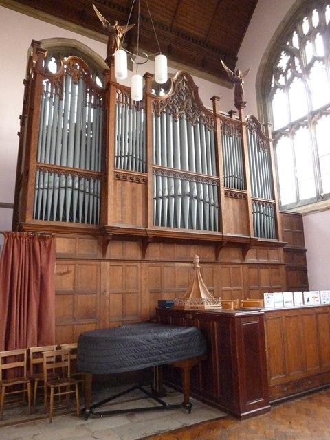Inside Holy Trinity, Weymouth (q)