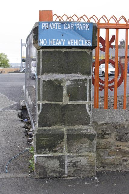 Benchmark on wall pier of Mansfield Street