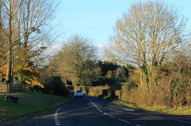 2012 : B3130 heading west to Winford