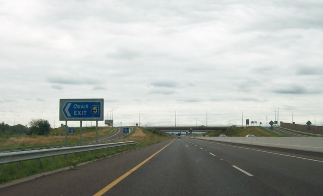 Amach/Exit 5 on the M3 at Pace