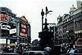 TQ2980 : London, Piccadilly - 1975 by Helmut Zozmann