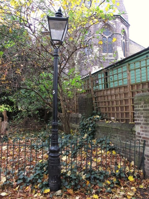 Lamppost, Hampstead Green, NW3