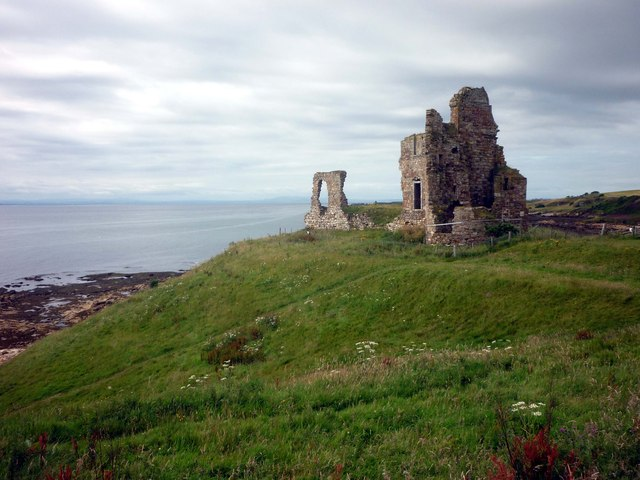 Remains of  Newark Castle