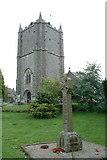 SW9951 : St Mewan's church, St Mewan by Dave Kelly