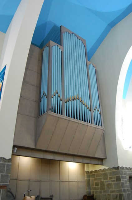 Organ, St Leonard's Parish Church