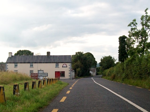 Farm house at the junction of the R162 and the Kilmainham Wood road