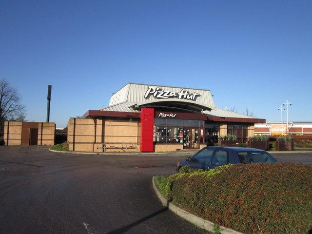 Pizza Hut Kingsway Ian S Cc By Sa20 Geograph Britain