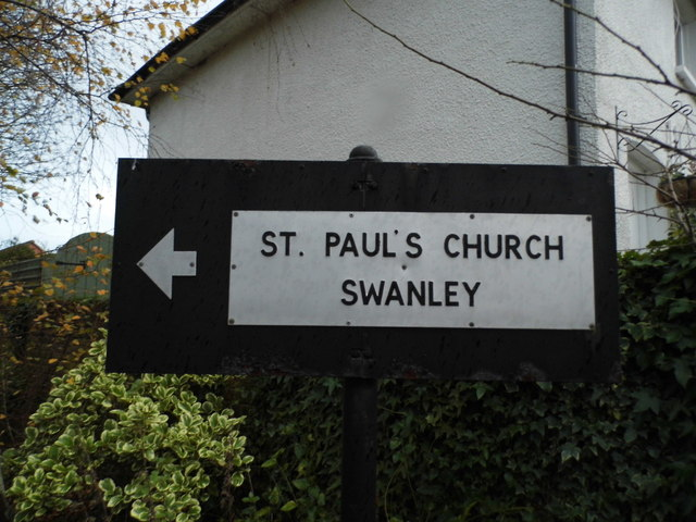 Pre-Worboys direction sign on School Lane, Swanley Village