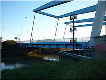 TA1031 : The twin bridges over the River Hull at Stoneferry,Hull by Ian S