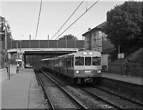 O2138 : DART train at Raheny by The Carlisle Kid