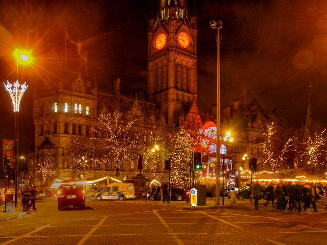 Manchester Christmas Market Outside the... © David Dixon :: Geograph Britain and Ireland