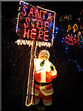 TQ8115 : Santa Stop Here by Oast House Archive