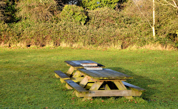 Picnic table, Helen's Bay