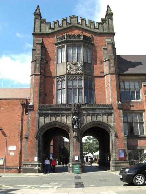 Quadrangle Gateway (The Arches),