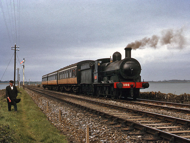 Steam train on Malahide causeway © The Carlisle Kid cc-by ...