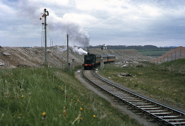 Steam train leaving Drogheda cement factory