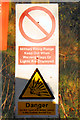 SD7616 : MOD Danger Area Warning Sign by David Dixon