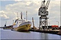 TA0827 : Albert Dock, Kingston upon Hull by Bernard Sharp