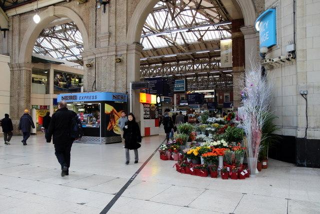 Flower Shop, Victoria Station, London SW1