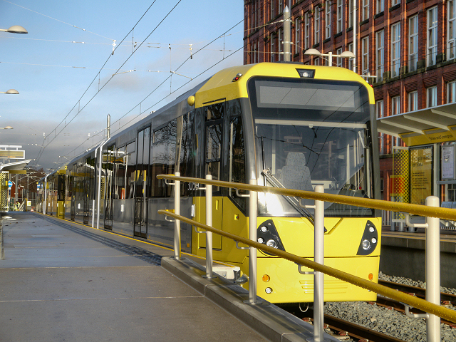 Metrolink Tram at Shaw