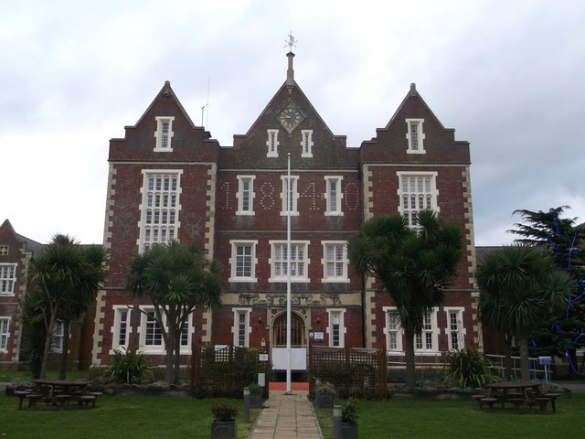 Springfield University Hospital (main building)