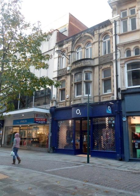 O2 shop, Newport city centre by Jaggery