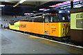 TQ2982 : Charter train from Crewe arrives at Euston Station by Roger Templeman