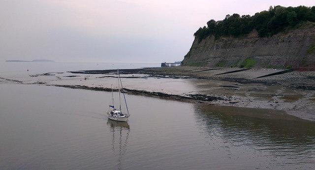 Approach to Cardiff Bay sea locks, Penarth