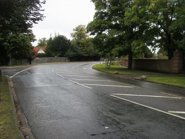 Lake End Road