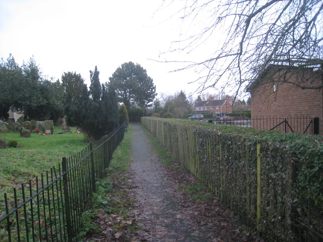 Footpath by the church, Faldingworth