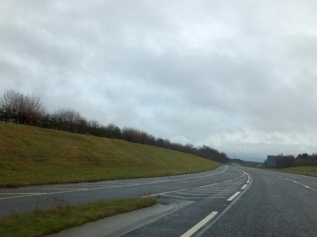 Slip road onto the A417 eastbound at Peewits Hill