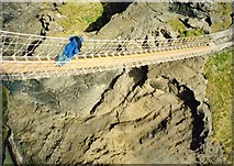 D0644 : The Carrick-A-Rede rope bridge by Ian S