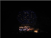 NT2573 : Edinburgh 2013 New Year's Fireworks - 4 by M J Richardson