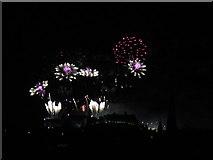 NT2573 : Edinburgh 2013 New Year's Fireworks - 5 by M J Richardson