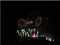 NT2573 : Edinburgh 2013 New Year's Fireworks - 9 by M J Richardson