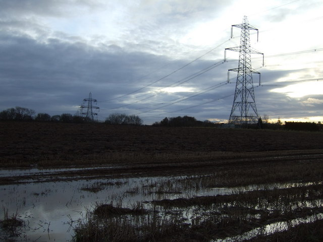 Farmland and pylons off the B1264