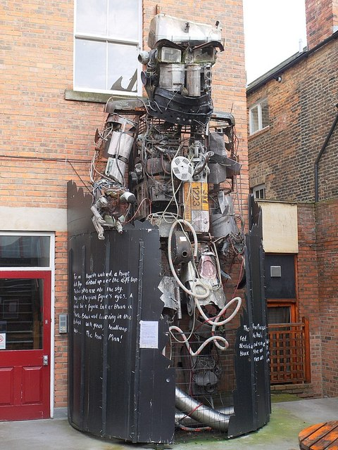'The Iron Man', Black Swan, Westgate Road