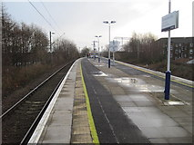 NS4075 : Dumbarton East railway station, West Dunbartonshire by Nigel Thompson