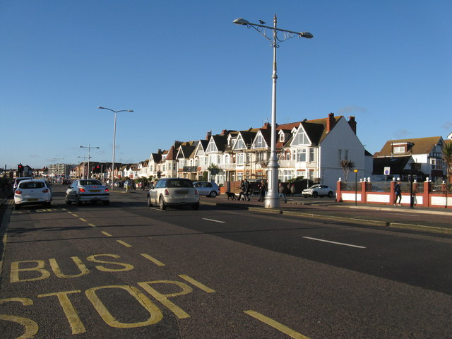View west along Kingsway, Hove