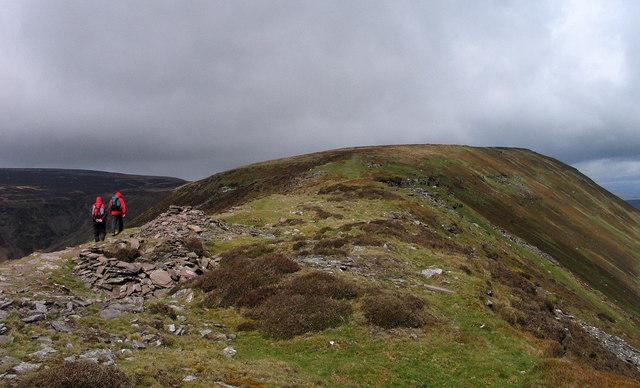 Ridge rising towards Black Hill