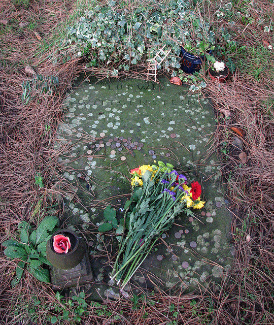 Wittgenstein's grave in winter