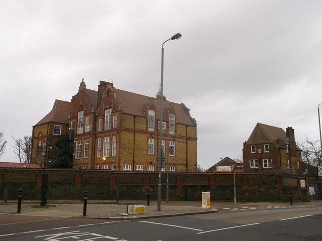 Riversdale School with Associated Caretaker's House, Southfields